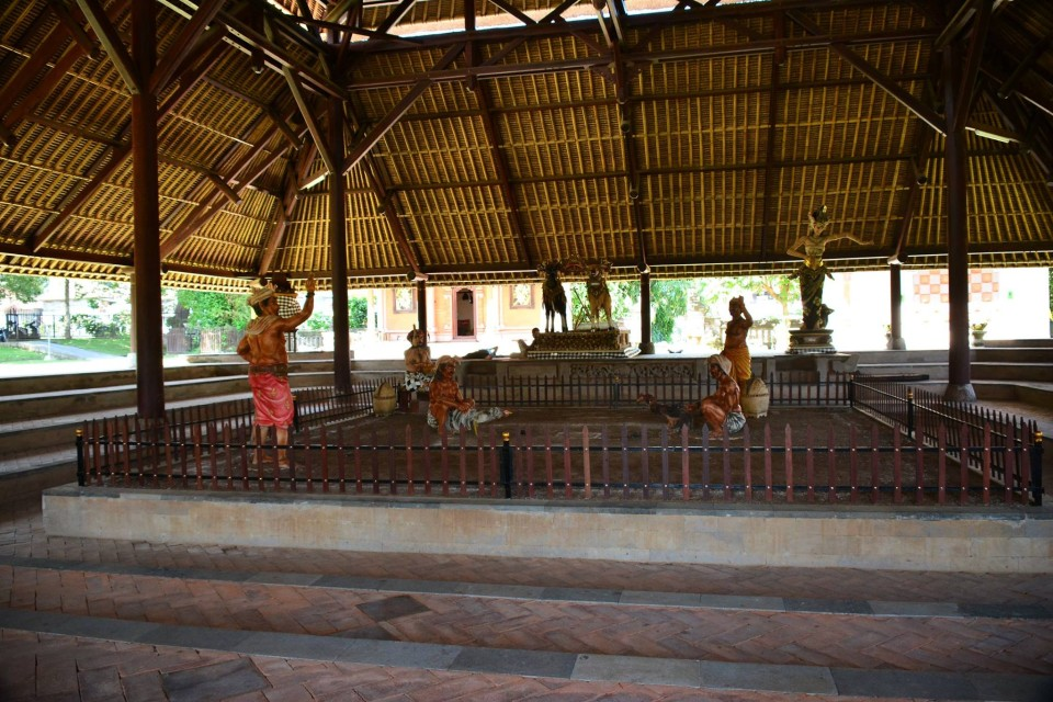 Wantilan, used as cockfight pavilion and for other social gatherings