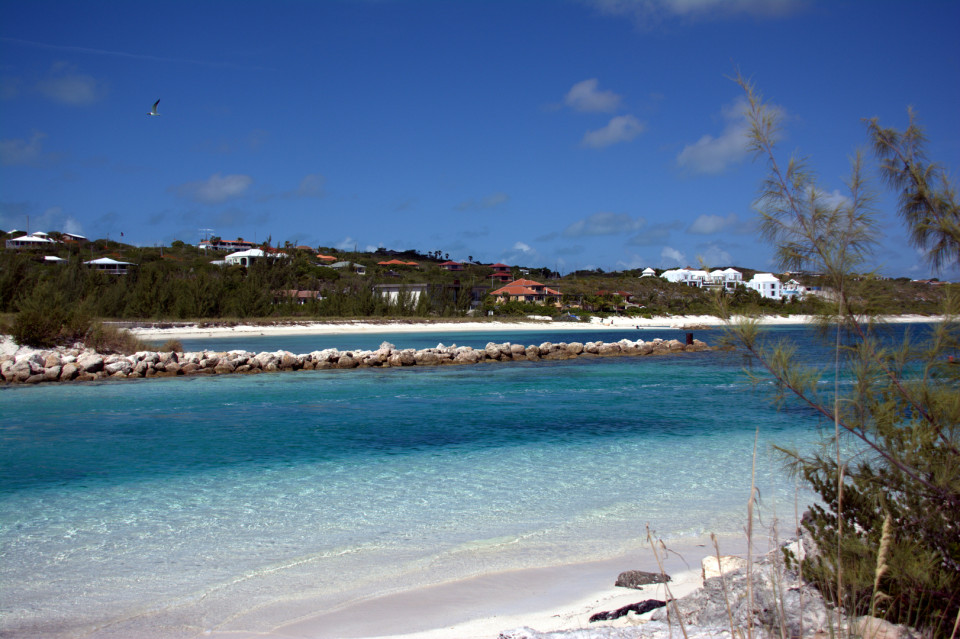 Smith's Reef, Turks and Caicos - Shallow waters provide excellent opportunity for beginners to try snorkeling.
