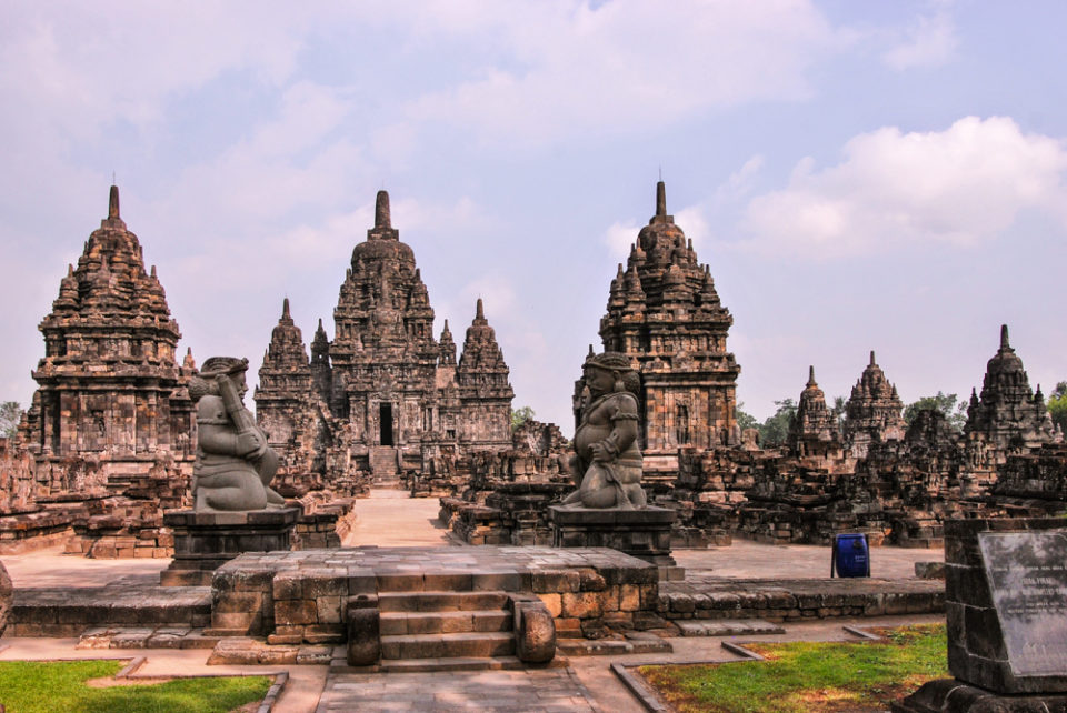 Candi Sewu main temple with the Dwara balas