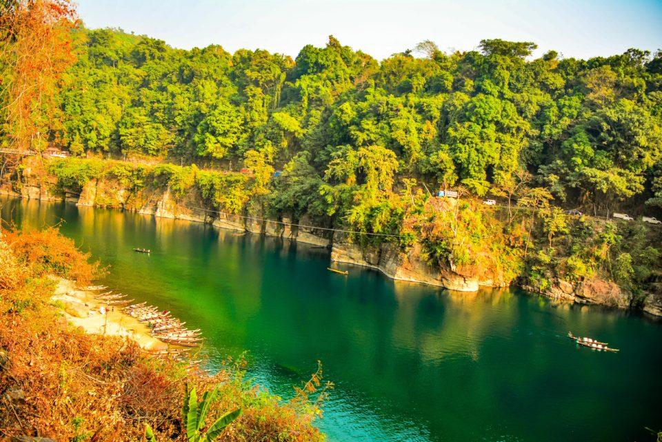 Another view of Umngot river in Dawki